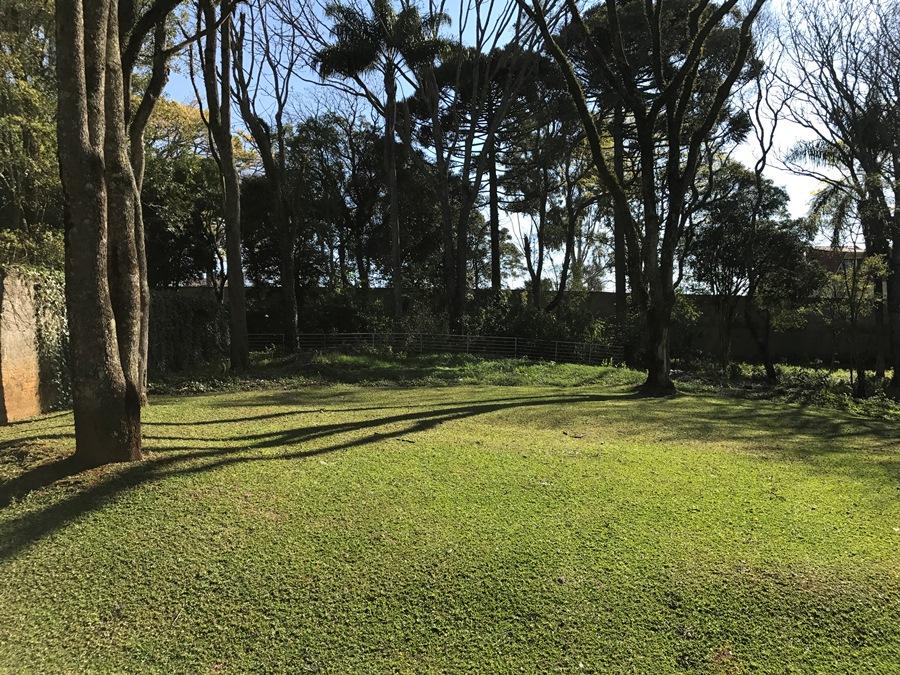 Terreno em condomínio – Rua Erva Mate, 300 – Condomínio Alameda das Araucárias – Santa Felicidade – Ref. 3361