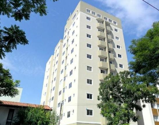 Apartamento – Rua Arion Niepce da Silva, 298 – Edifício Vernazza – Portão – Ref 3383