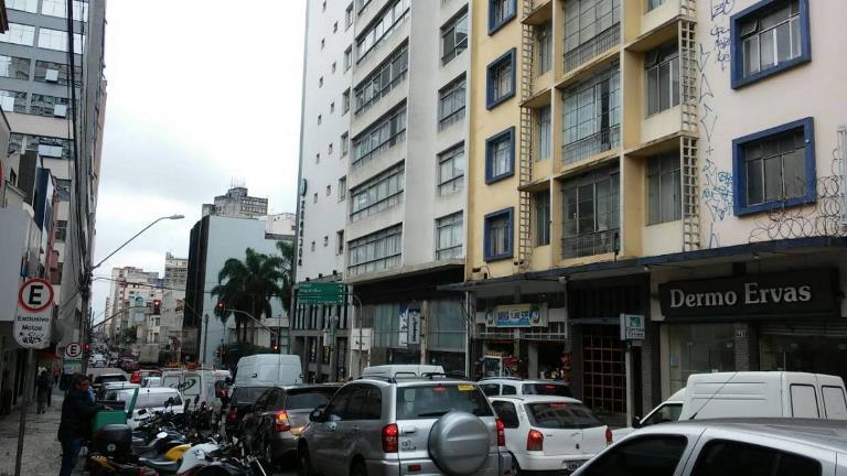 Apartamento – Al. Dr. Muricy, 839 – Edifício São Bernardo – Centro – Ref. 7070