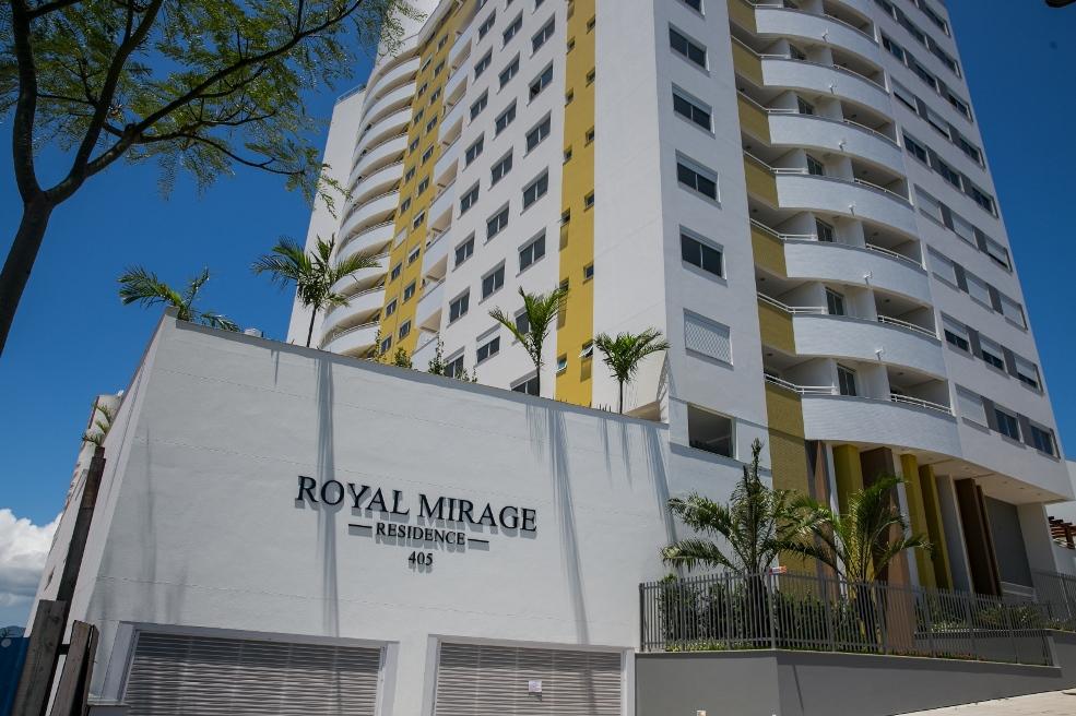 Apartamento Excelente 2 Dorm. 01 Vaga 71m² Sacada, Piscina – Florianópolis – SC