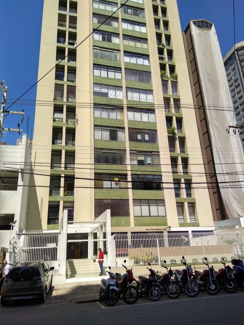Apartamento 11º Andar 3 Dorm Suíte Semi Mobiliado Suíte 1 Vaga Cabral Ref. 8035