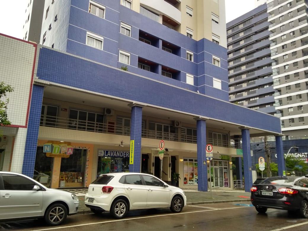Conjunto Comercial 58m² Esquina Padre Anchieta com Gastão Câmara Bigorrilho Ref. 8503